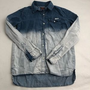7 for all Mankind denim ombré snap button down L